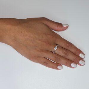 טבעת כסף S925 עין בשילוב אבני זירקון