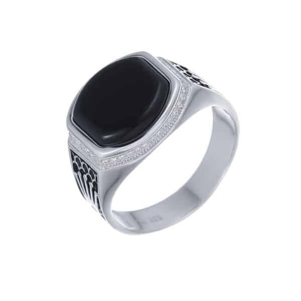 טבעת כסף לגבר כתרים עם אבן אוניקס