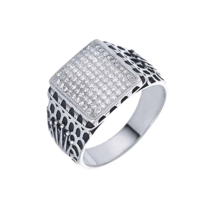טבעת לגבר כספת משובצת כתרים