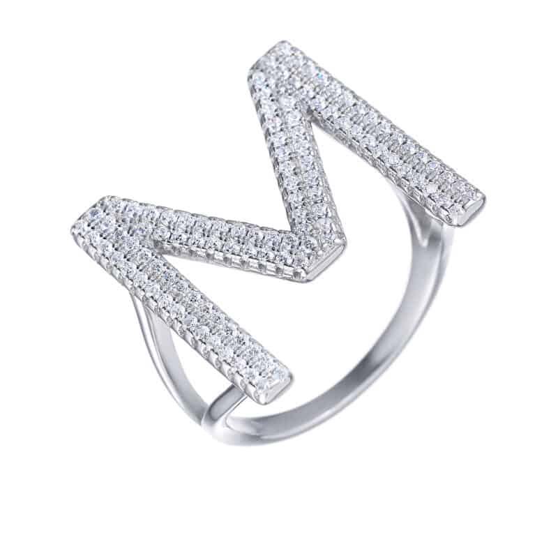 טבעת כסף 925 אות משובצת M