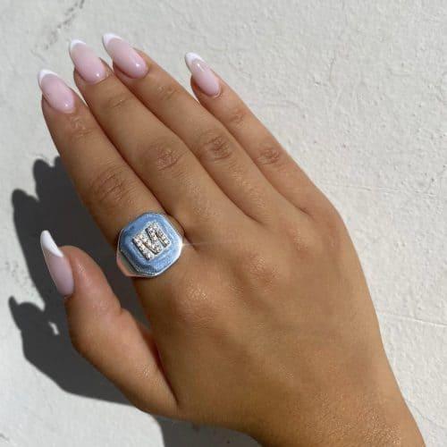 טבעת חותם אות כסף 925 משובצת
